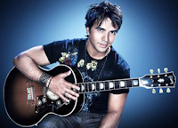 Luis Fonsi guitarra
