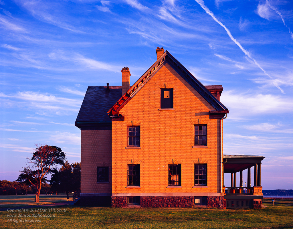 a photo of an officers house at fort hancock sandy hook new jersey