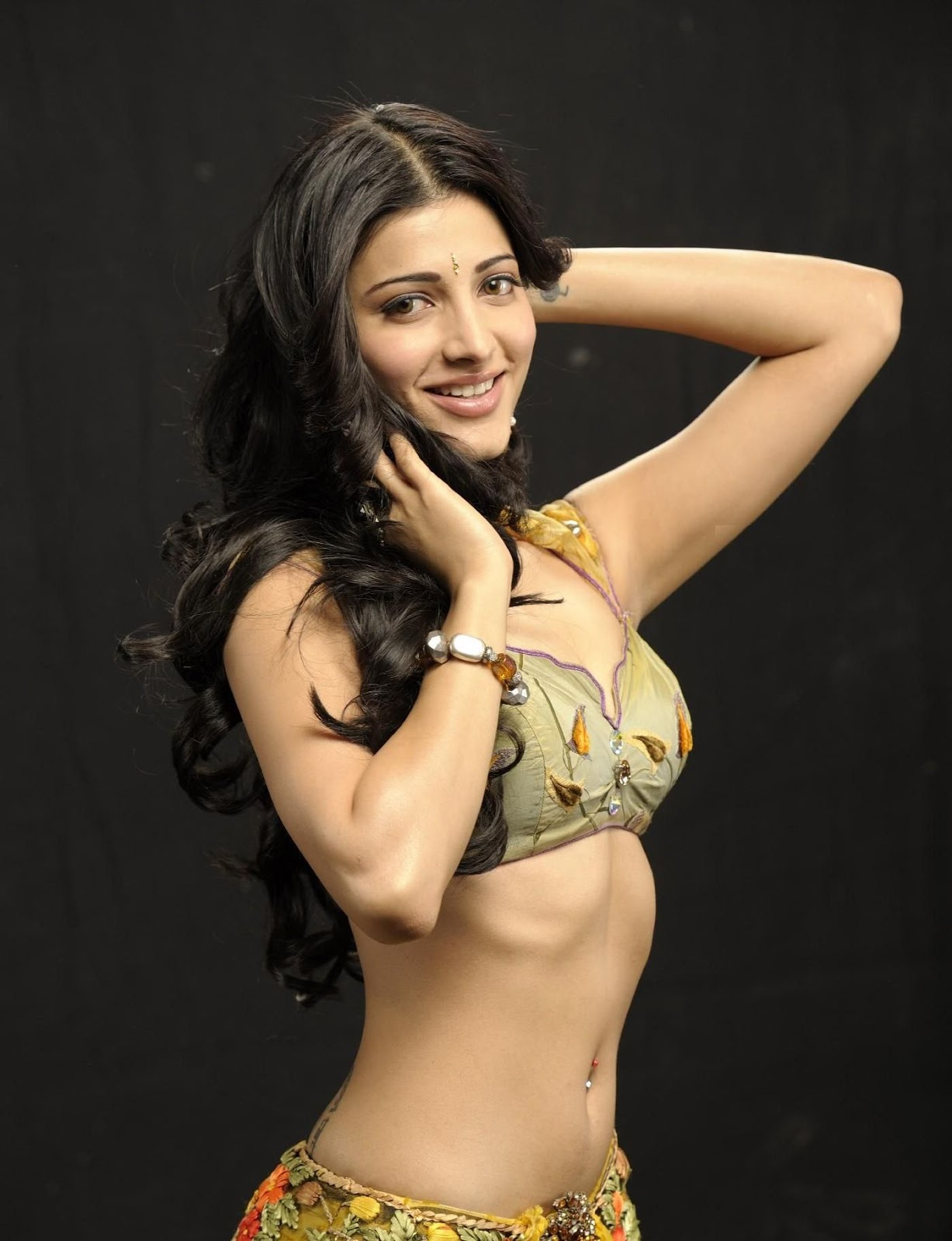 High Quality Bollywood Celebrity Pictures Shruti Haasan -3398