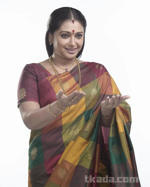 AUNTY HOT: Homely And Hot Seetha