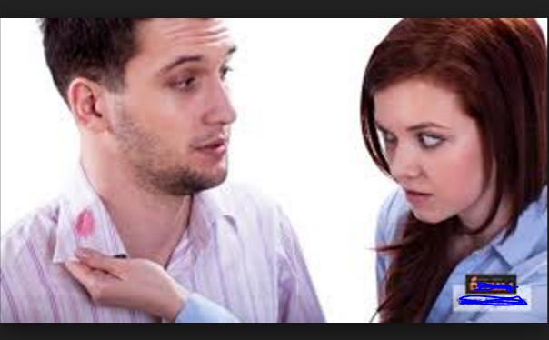 الزوجة معروفة بذكائها سبحان الله ...زوجة تكتشف خيانة زوجها بطريقة ذكية جداً لا تخطر ببال احد