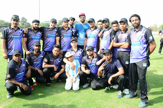 Yuvraj Singh with the team
