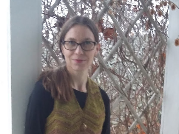 Virkattu siksakmekko - Crocheted zigzag dress