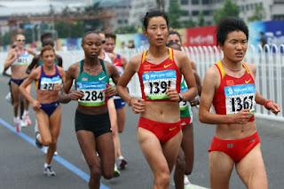 Fazer Musculação diminuem os seios - Maratonistas