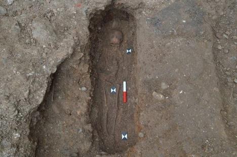 Les perles du chapelet de la cathédrale St Albans restent un mystère