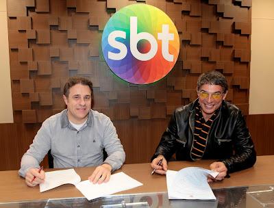 O diretor artístico do SBT Fernando Pelegio e Olivier Anquier - Crédito da imagem: Lourival Ribeiro/SBT