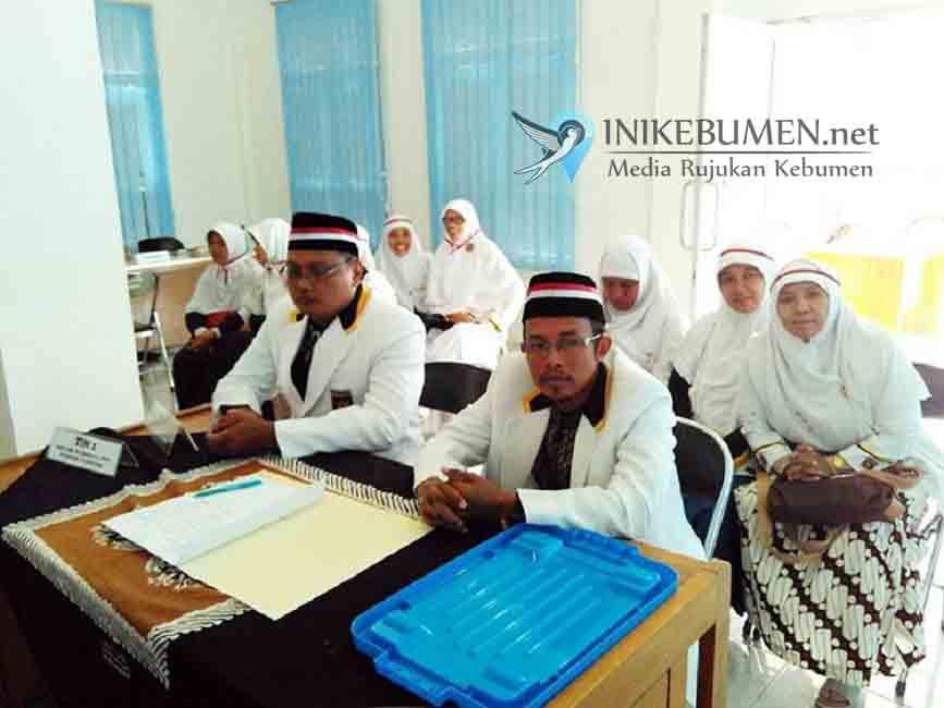 Datangi Kantor KPU, PKS Kebumen Serahkan 1.459 Fotokopi KTP