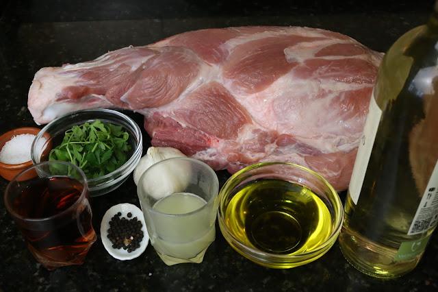 Ingredientes para paleta de cerdo al horno