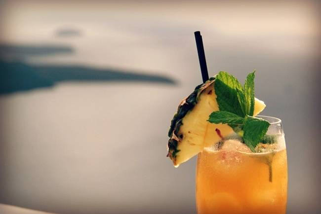 Santorini Chromata cocktails