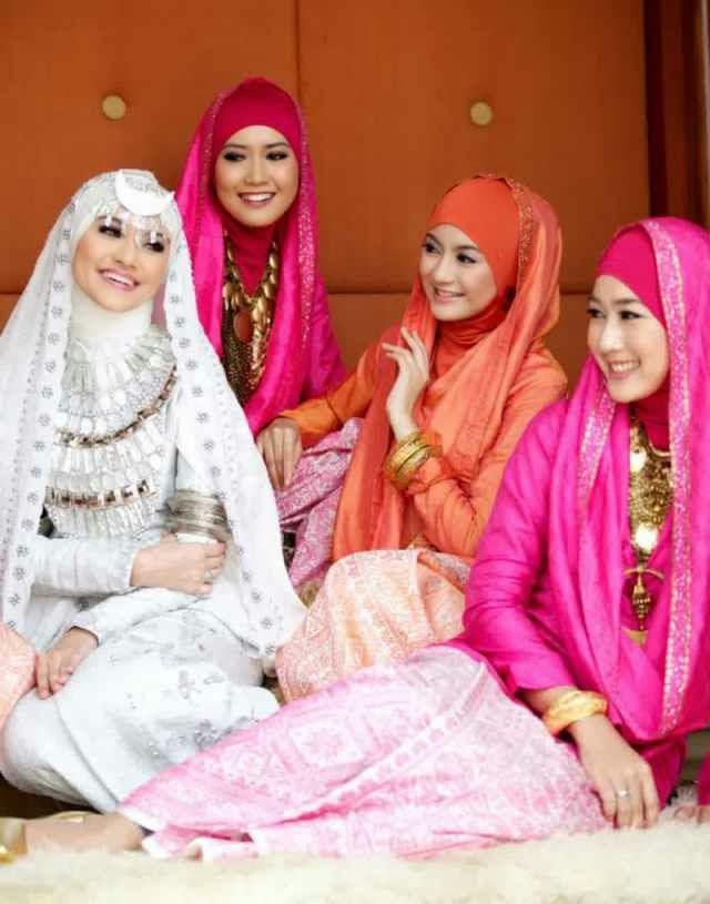 hijab pengantin dian pelangi
