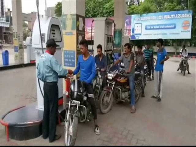 no-petrol-without-helmet-at-petrol-pump-in-faridabad
