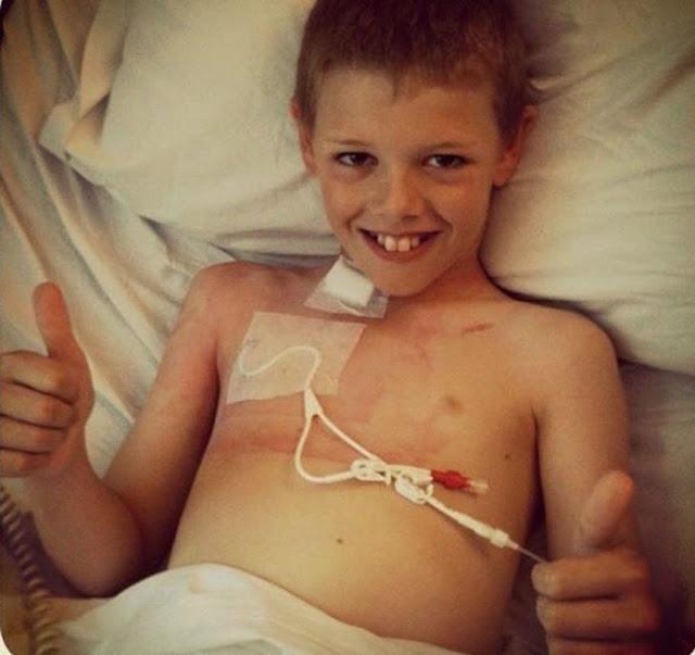 Niño superó 2 veces al cáncer porque su mamá le dio cannabis