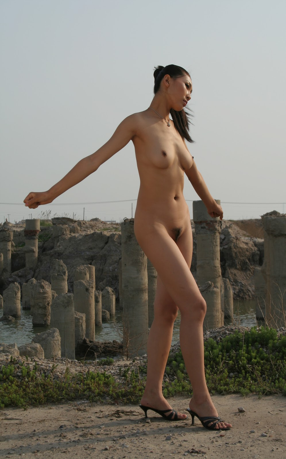 Chinese Nude_Art_Photos_-_188_-_WeiWei.rar chinese 07040