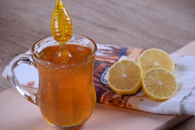 الأضرار الناتجة من الإفراط في تناول عسل النحل