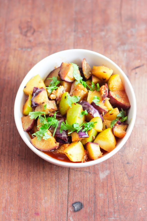 Kashmiri Apple Granny Smith Brinjal Eggplant aubergine curry bom chount wangan