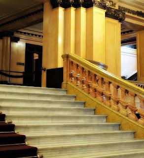 Escadaria de Entrada do Teatro Colón, Buenos Aires