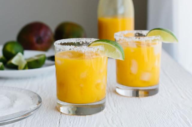 Mango Margarita (No Sugar Added) #drink #healthycocktail