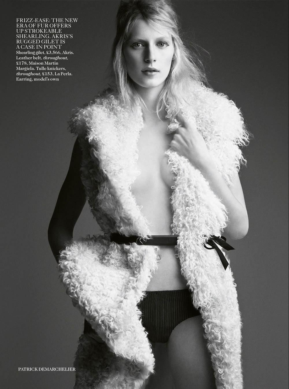 Europe Fashion Men's And Women Wears......: Julia Nobis By