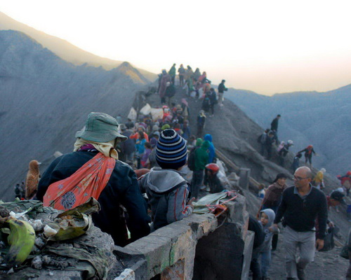 Tinuku Travel Yadya Kasada ceremony by Tengger tribe in Luhur Poten temple the Mount Bromo crater as Hindu sect