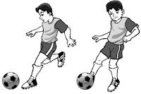 Teknik menendang bola menggunakan kaki bagian punggung kaki