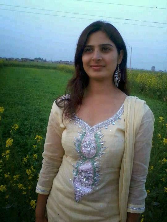 Hot Punjabi Aunty Work-1445