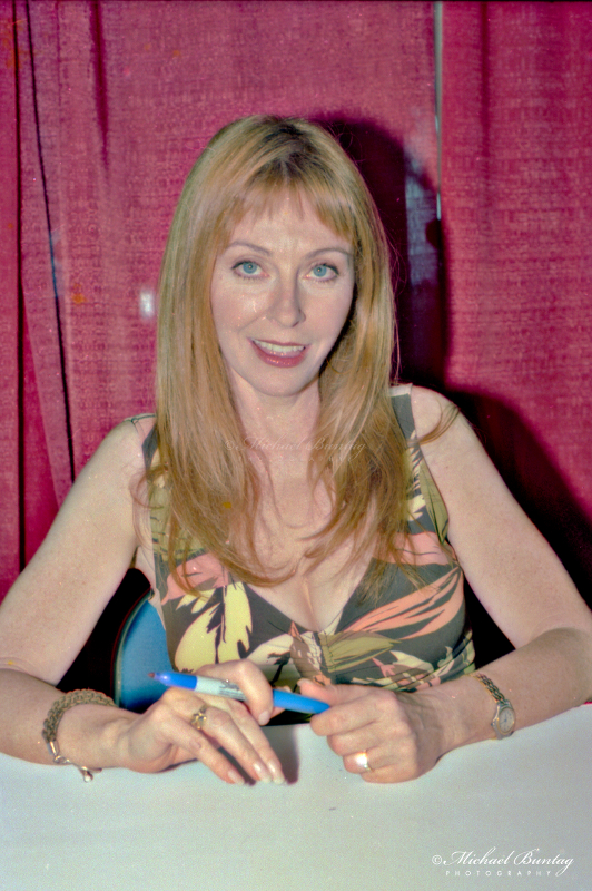 Cassandra Peterson/Elvira, Mistress of the Dark, Comic-Con International, San Diego Convention Center, Marina District, San Diego, California. Nikon n90s SLR Camera. Kodak 160VC color negative 35mm film.