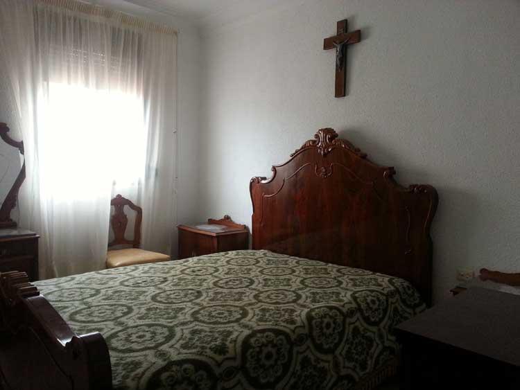 comprar piso av del mar castellon habitacion