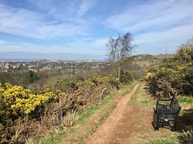 Braid Hills hiking path, Edinburgh, Scotland