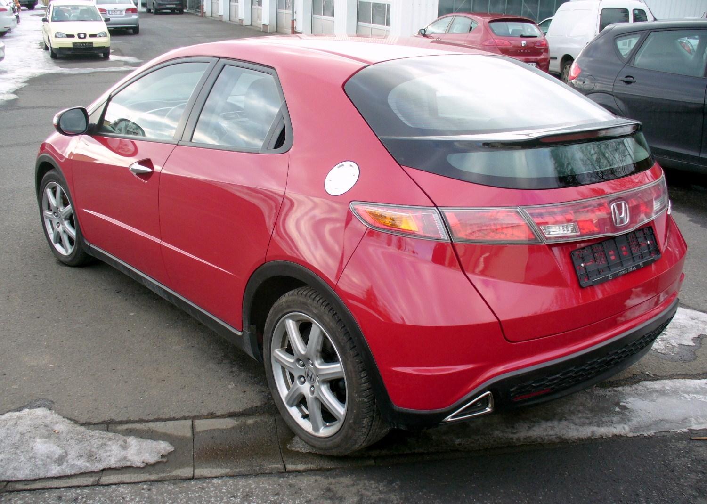 Honda Civic Sport Milanored Heck
