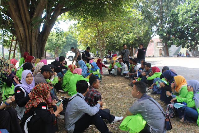 """Mahasiswa Tidak Dapat Tempat TM: """"Kami Asing di Kampus Sendiri"""""""