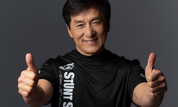 Kisah Panjang dan Suram di Balik Kesuksesan Jackie Chan