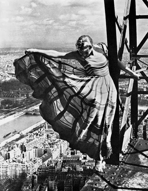 Lisa Fonssagrives on the Eiffel Tower, 1939