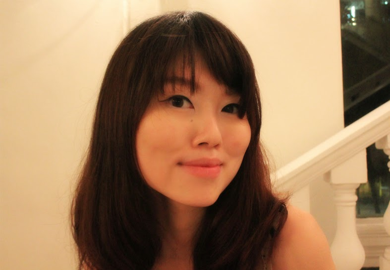 NINE By Sweet Basil: Straight Curls Amie Hu
