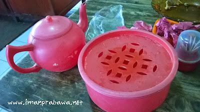 Cuci Tangan Di Nasi Padang
