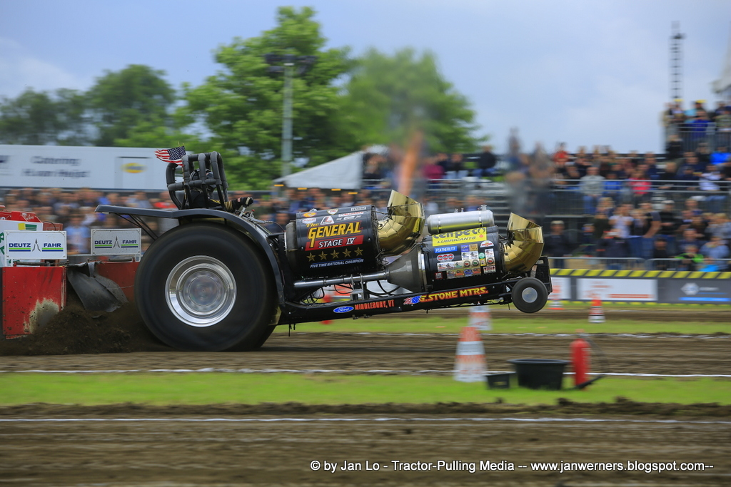 tractor pulling news - pullingworld: photos 25th anniversary of