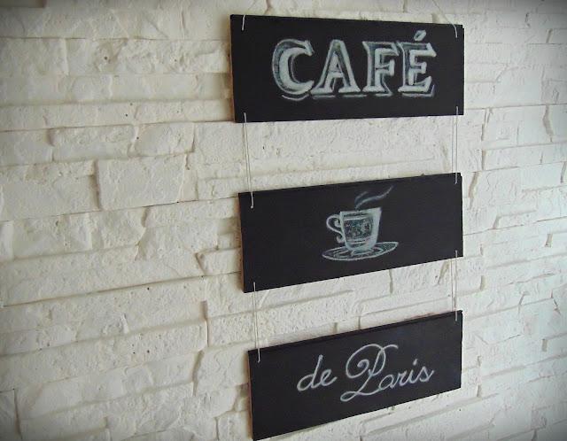 tabliczka dekoracyjna z paneli