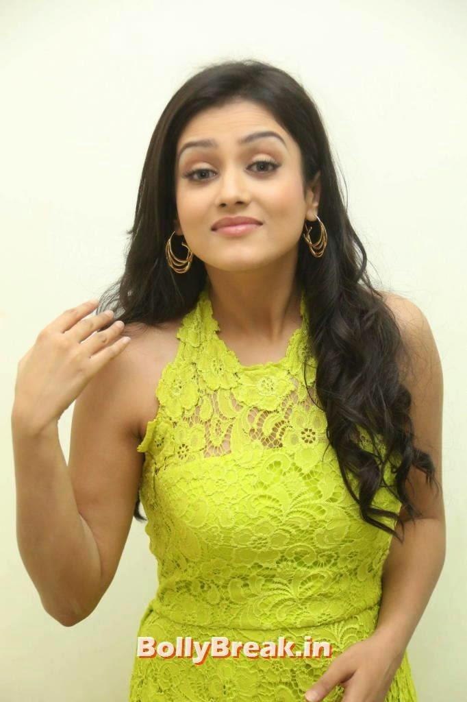Mishti Chakraborty Photo Gallery, Mishti Chakraborty hot Hd Images in Green Dress