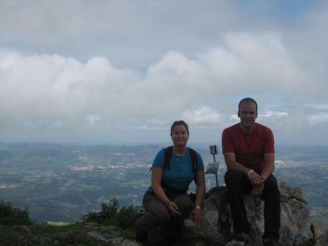 Rutas Montaña Asturias: Foto en la cima del Monsacro