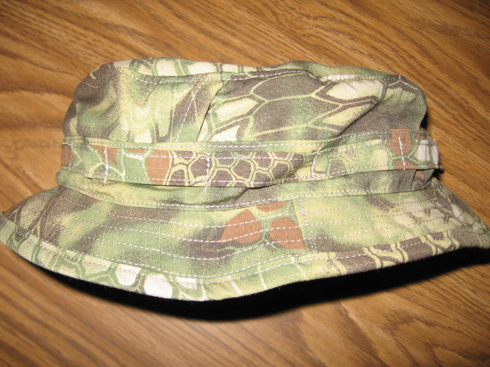 34d40cf6d14a5 Tactical Gear and Military Clothing News   Slangvel Kryptek Recce ...