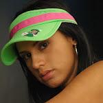 Andrea Rincon – Selena Spice – Cachetero Verde Foto 51