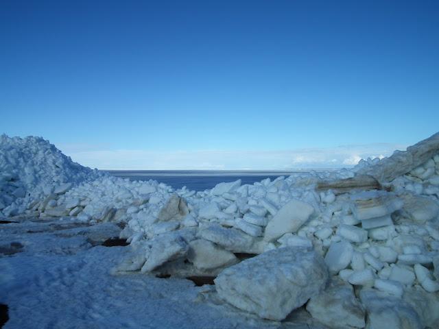 jääröysteet, Laitapauha, kevät, meri, ranta, ahtojäät