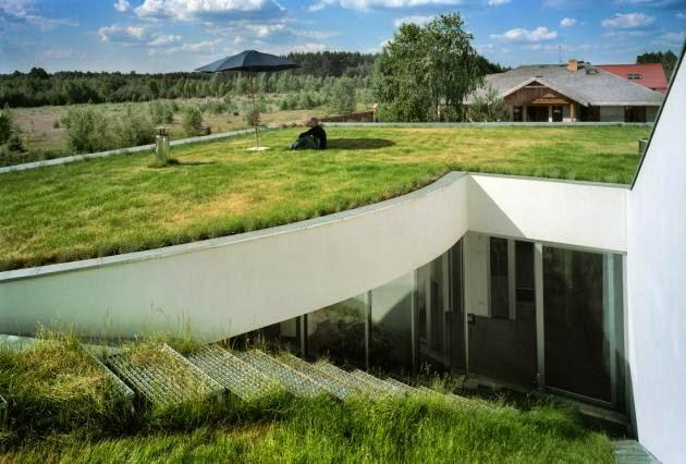 desain+rumah+di+tanah+miring.5