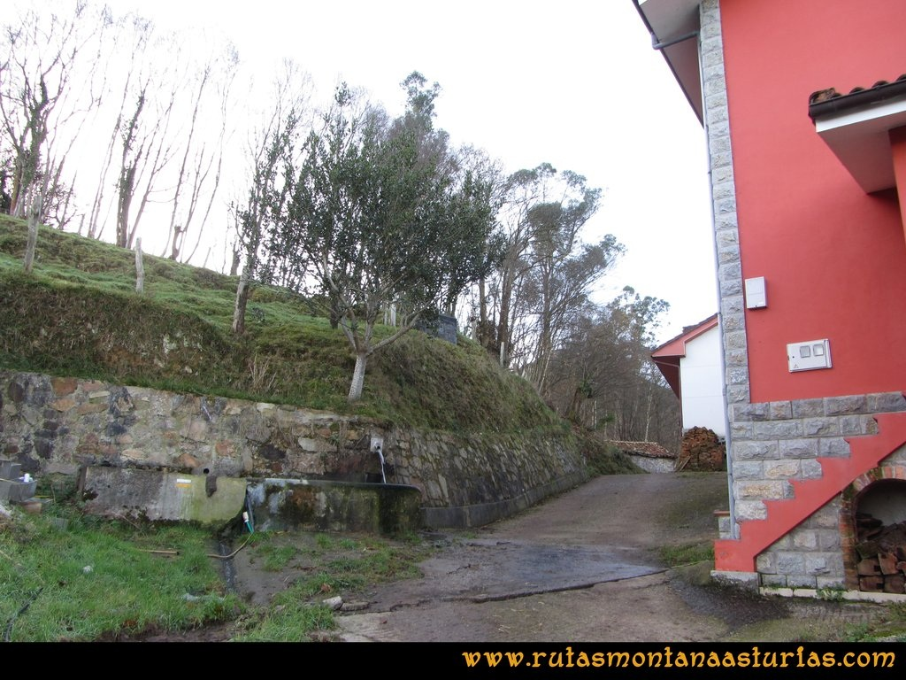 Pico Mua PR AS 46 La Cueva Riba