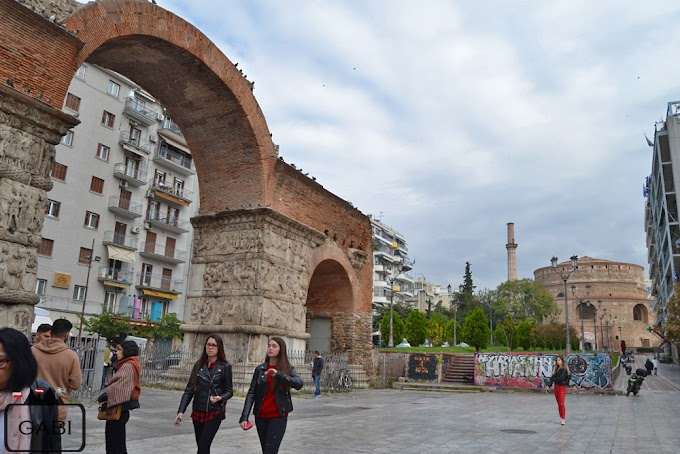 Muchy, śmieci i graffiti, czyli jak Grecja (nie) dba o zabytki