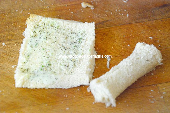 Aplastar y enrollar el pan de molde