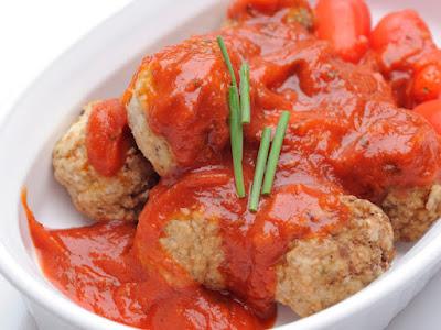 parsley and al alali Ground Black Pepper Grilled Tuna Kofta in Spicy Sauce Recipe