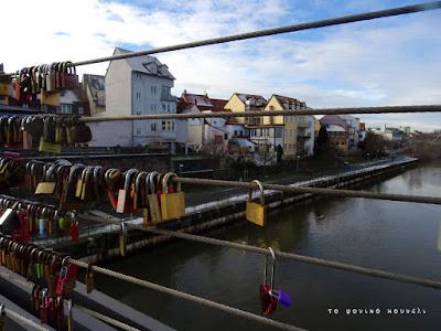 Η γέφυρα με τα λουκέτα στο Μπάμπεργκ, Βαυαρία / Bridge with locks in Bamberg, Bavaria