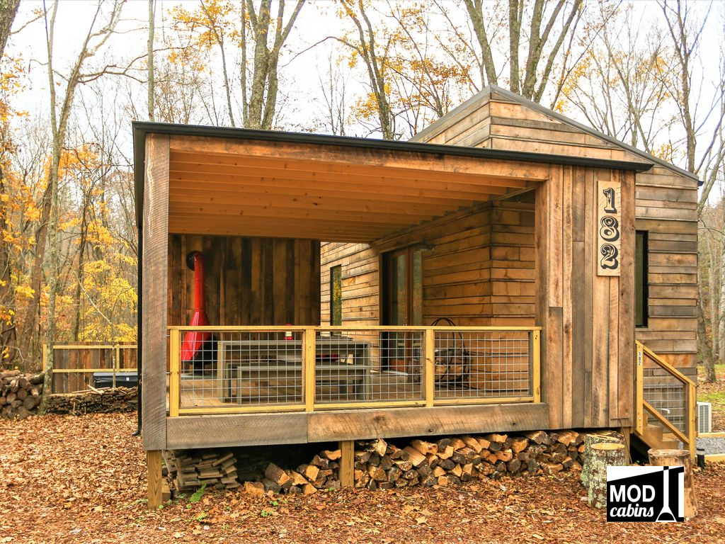 Tiny House Town Cabin Sweet Cabin 330 Sq Ft
