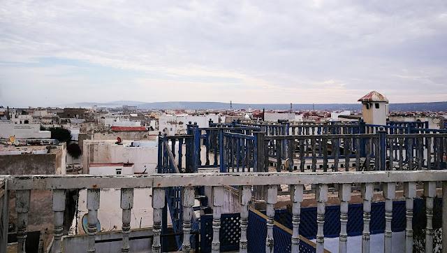 Widok na dachy mediny w Essaouira, Maroko