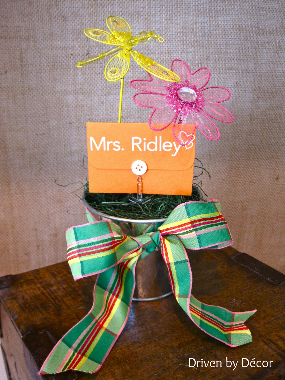 teacher  graduation gifts simple ways to dress up a gift